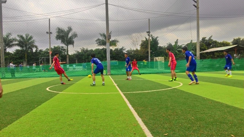 Trận đấu giữa Inox FC và Văn phòng