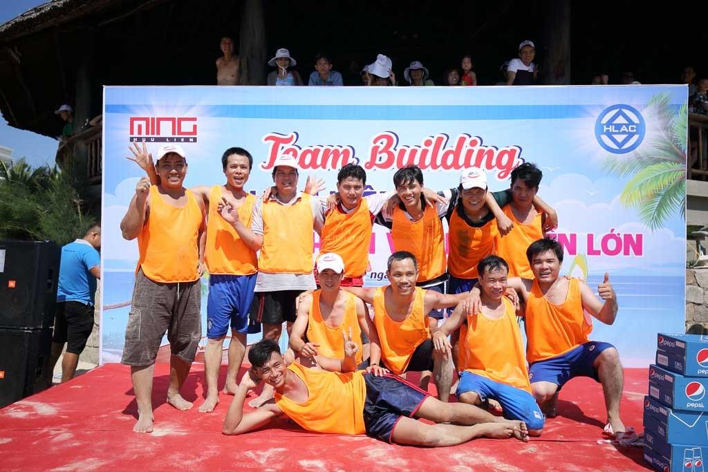 Đội xe số 3 của Xưởng Inox Minh Hữu Liên giành giải ba.